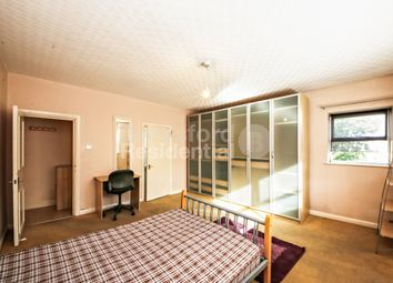 Thumbnail 3 bed flat for sale in Gipsy Road, Gypsy Hill