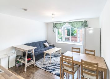 Thumbnail Property to rent in Room To Rent, Bunning Way, London