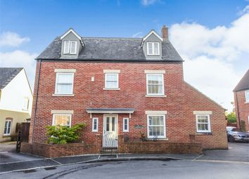 Thumbnail 6 bed detached house for sale in Cassini Drive, Swindon, Wiltshire