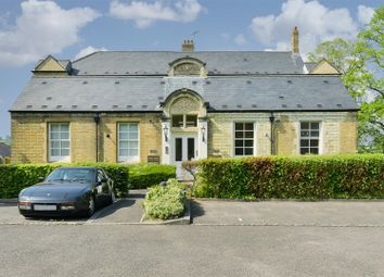 Thumbnail 1 bedroom flat for sale in Royal Earlswood Park, Redhill