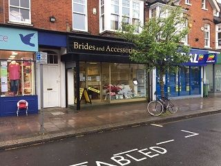 Thumbnail Retail premises to let in The Parade, Claygate