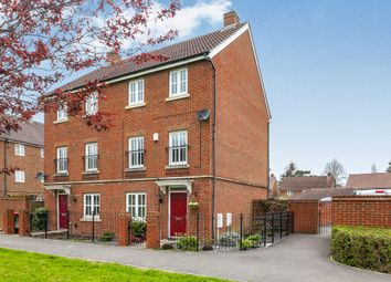 Thumbnail 4 bed town house for sale in Trist Way, Ifield, Crawley