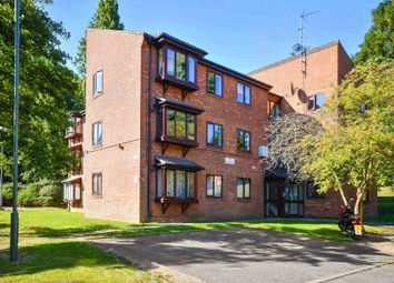 Thumbnail 2 bed flat to rent in Ashurst Close, London