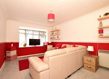 1 bed flat for sale in Erith Road, Belvedere, Kent DA17