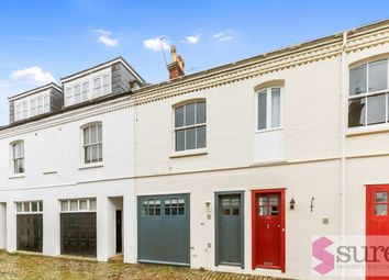 3 bed mews house to rent in Eaton Grove, Hove BN3