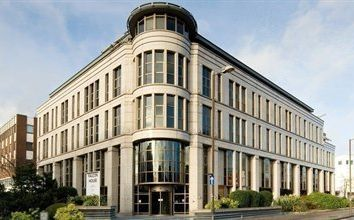 Thumbnail Office to let in Falcon House, Staines Road, Hounslow