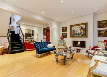 Thumbnail 5 bed end terrace house for sale in Bedford Gardens, Kensington