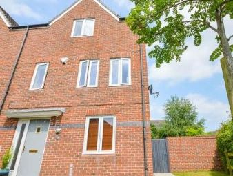 Thumbnail 4 bed town house for sale in Maynard Road, Altrincham, Greater Manchester, .