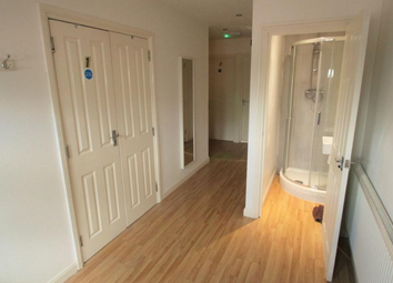 Thumbnail 6 bed detached house to rent in Corwell Lane, Uxbridge
