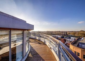 3 bed flat for sale in The Bittoms, Kingston Upon Thames KT1