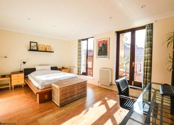 Thumbnail 3 bedroom town house to rent in Elephant Lane, London