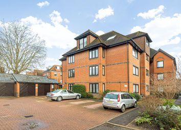 3 bed flat for sale in Victoria Court, Henley-On-Thames RG9