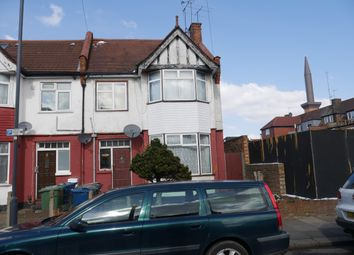 Thumbnail 2 bed flat to rent in Blawith Road, Harrow