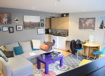 Thumbnail 1 bed flat to rent in Colebrooke Row, Islington, London