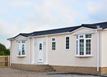 Thumbnail 2 bed mobile/park home for sale in Higher Lane, Salterforth, Lancashire