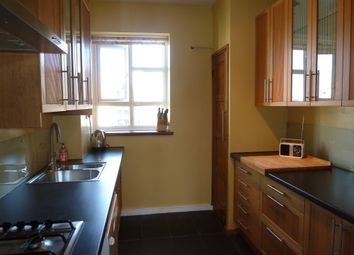 Thumbnail 3 bed flat to rent in Nevitt House, Hoxton & Old Street