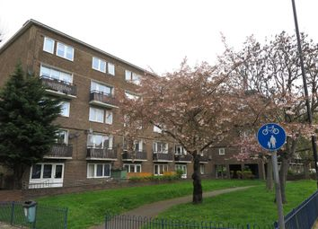 Thumbnail 2 bed flat to rent in Wilson Grove, London