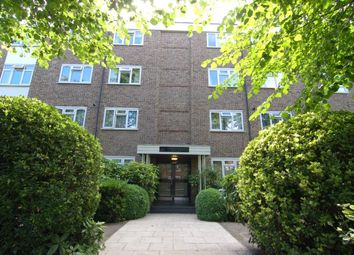 Thumbnail 2 bed flat to rent in Ridgway, London