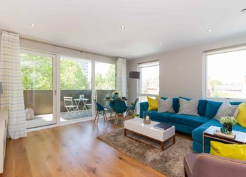 Thumbnail 3 bedroom flat for sale in Greenwich, Greenwich