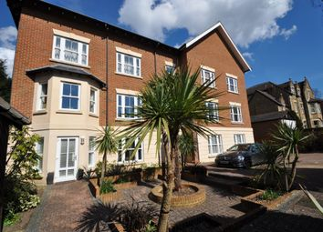 Thumbnail 2 bedroom flat to rent in Albury Road, Guildford