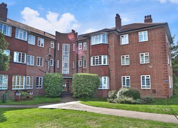 Thumbnail 2 bed flat to rent in Croydon Road, Wallington