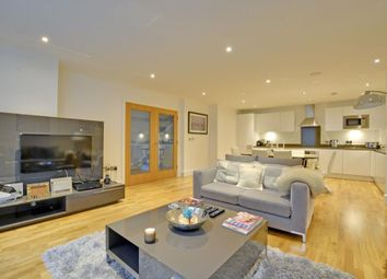 Thumbnail 3 bed maisonette to rent in Dowells Street, Greenwich, London