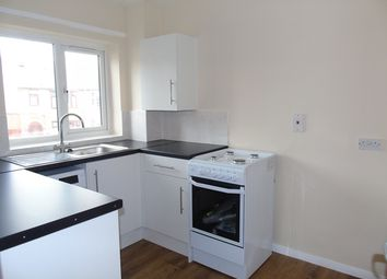 Thumbnail 2 bed flat to rent in Kingsley Road, Luton