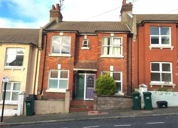Thumbnail 3 bed flat to rent in Shanklin Road, Brighton, East Sussex