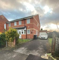 3 bed semi-detached house to rent in Salisbury Road, Reading RG30