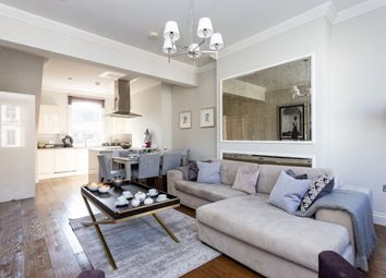 3 bed maisonette for sale in Northchurch Road, Islington N1