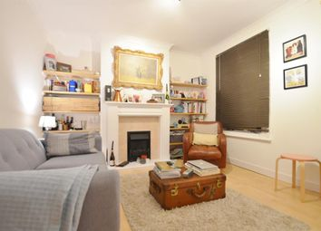 Thumbnail 1 bed flat to rent in Felix Road, Ealing, London