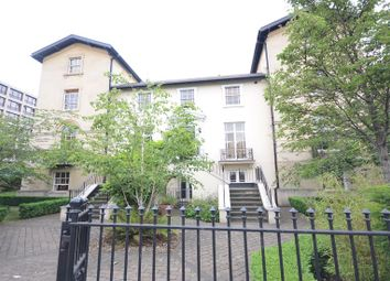 Thumbnail 3 bed flat to rent in Kings Road, Reading