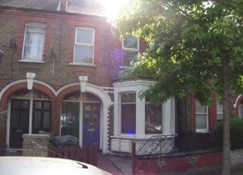 Thumbnail 2 bed flat to rent in Perth Road, London
