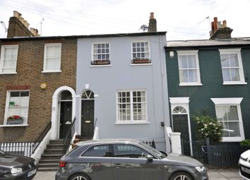 2 bed maisonette to rent in Archway Street, Barnes SW13