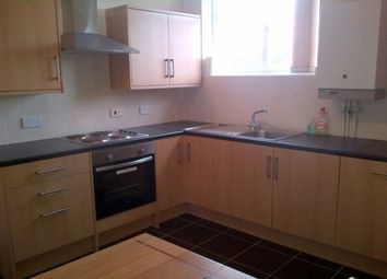 Thumbnail 2 bed flat to rent in Hythe Road, Ashford