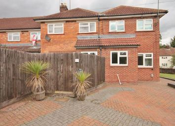 Thumbnail 1 bed flat to rent in Valentia Road, Oxford