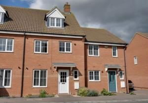 Thumbnail 4 bedroom terraced house for sale in St. Johns Road, Arlesey, Bedfordshire