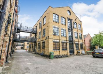 Thumbnail 3 bed flat for sale in Maltings Place, London Bridge