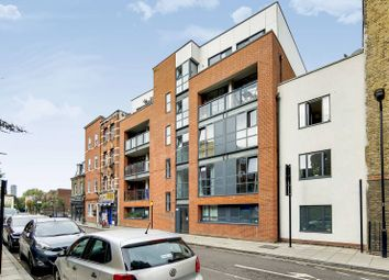 Thumbnail 3 bed flat for sale in Goldsmiths Row, Bethnal Green, London