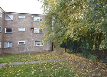 Thumbnail 2 bed flat to rent in Wayletts, Basildon, Essex
