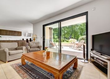 Thumbnail 2 bed apartment for sale in Annecy, Annecy, France