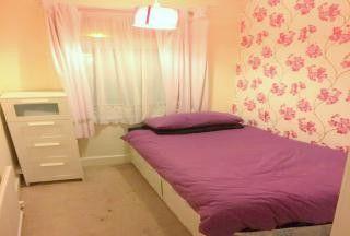Thumbnail Studio to rent in Room 3, Gordon Road, Ilford, Essex