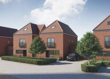 Thumbnail 4 bedroom detached house for sale in Pilots View, Chatham, Kent