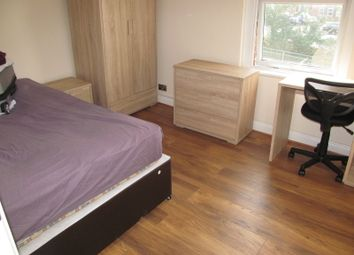 Thumbnail 3 bedroom flat to rent in Wokingham Road, Reading