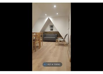 3 bed maisonette to rent in Woodville Road, London W5