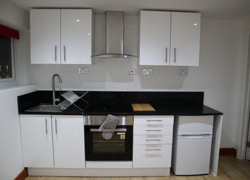 2 bed flat to rent in Endsleigh Road, Bedford, Bedfordshire MK42