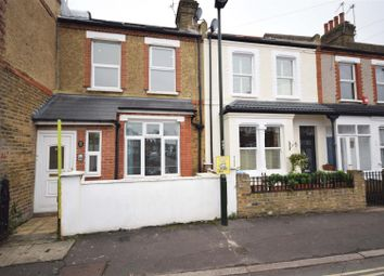 Thumbnail 2 bed flat for sale in Crane Road, Twickenham