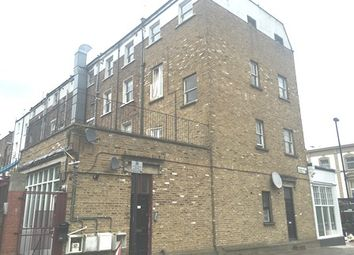 Thumbnail 1 bedroom flat to rent in Caledonian Rd, Islington