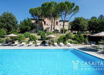Thumbnail 20 bed villa for sale in Via Michelangelo Buonarroti, 4E, 06073 Mantignana Pg, Italy