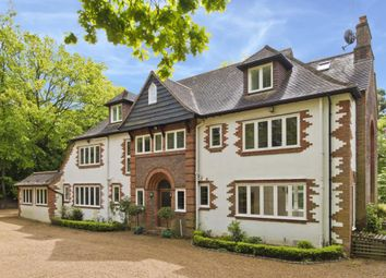 Thumbnail 6 bedroom detached house to rent in Cavendish Road, Weybridge